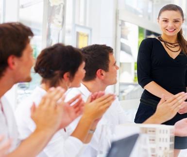 10 razones para salir a tu hora en el trabajo