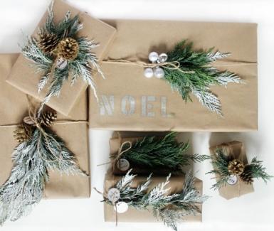 Esta Navidad decora con mucho estilo tus regalos